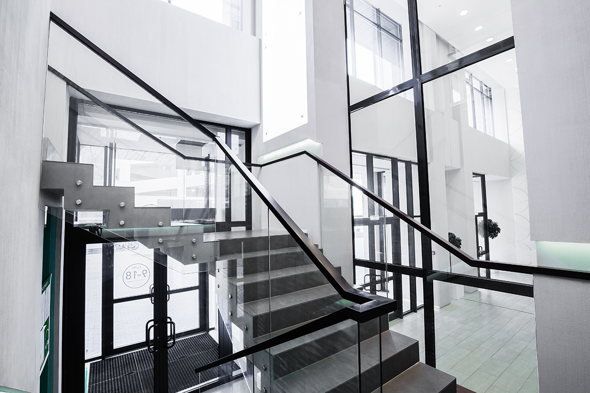 Stainless steel glass fitting