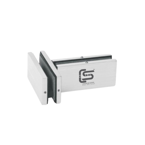 Connector with fin